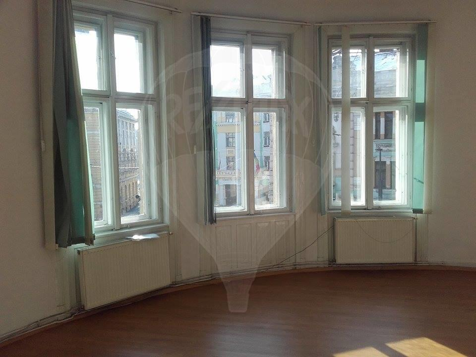 Apartament de inchiriat in centru, langa Astoria, 200 mp!